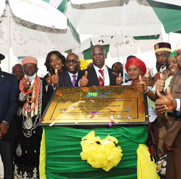 President Buhari Flags off Construction of NLNG's Train 7 Project